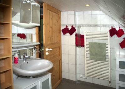 Ferienwohnung Das Badezimmer - Foto © Katharina Hansen-Gluschitz - Das Badezimmer - Foto © Katharina Hansen-Gluschitz