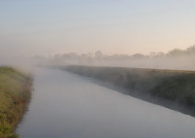 Nebel über dem Kanal - Foto © Katharina Hansen-Gluschitz